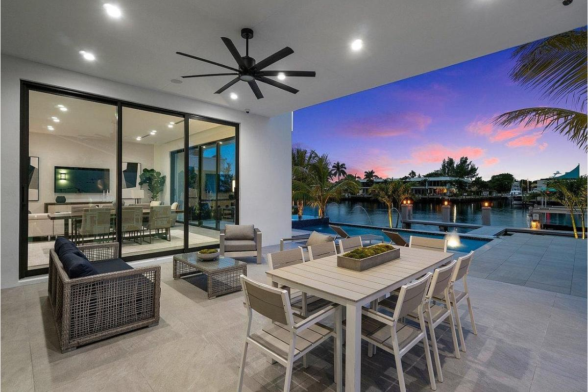 Home Of The Day: A spectacular direct Intracoastal estate in Deerfield Beach, Florida