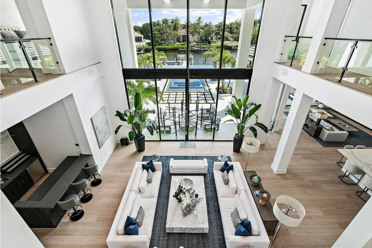 Today's Home Of The Day is a luxurious 5-bedroom waterfront masterpiece located in desirable Jupiter, Florida